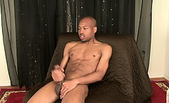 Str8 black dude cock is so thick I couldn't get my hand