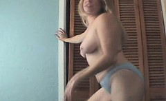 Blonde Coke Addicted Whore Sucking On Dick Point Of View