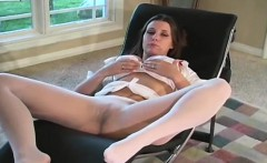 Juicy angel shows cameltoe