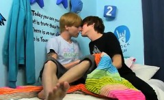 Gay cock Kyler Moss and Nick Duvall get into some sugary-swe
