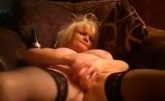 Masturbation of a 50 years old Uk granny