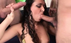 Glamour pussy deep penetration