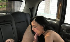 British amateur takes facial in cab