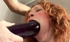 Hot pornstar sucking dick