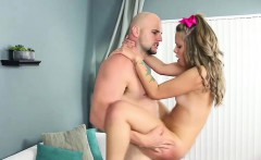 Deepthroater petite Liza Rowe gets picked up by her ex