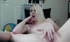 Cute Amateur Whore Getting Her Cunt Vibed to Tips