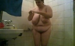 BBW Mature Amateur shower 1 - awaite you on waiting on 2hoo