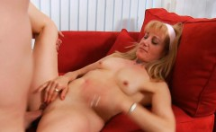 juicy pussy of mature playgirl is roughly banged