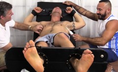 Derrick gets tickle revenge from big hunk Alessio Romero