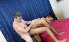 Daddy Mike Bareback Fucks Gay Asian Boy