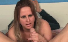 Perverted mom Camelia knows her daughter is not home, that