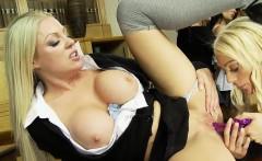 Five sexy bombshells share a big rod