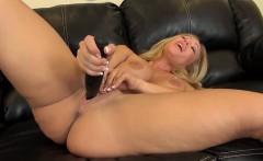 Austin Taylor Sexy and Solo Masturbating