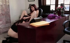 Redhead les pussylicked before strapon sex