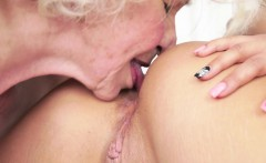 Pussy Loving Grandma Rimmed By Teen Babe