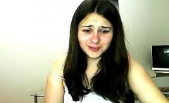 nice body brunette free striptease webcam