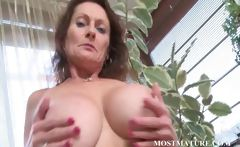 Naked cougar works tits and hairy cunt