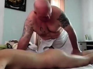 Oil massage hot asian chick