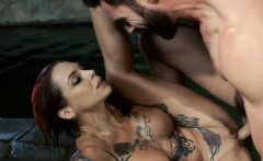 Anna Bell Peaks gets boned in her pussy by the poolside