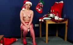 Naughty Christmas babe cocksucks santa POV