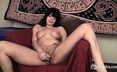 Busty Ebony Teen Jiselle Toying Her Pussy