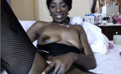 dark woman saggy breasts and vagina on camera play