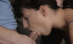 Teen babe welcomes cock to come into her itching snatch