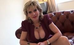 Cheating uk milf lady sonia flaunts her heavy boobs