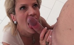 Adulterous british mature gill ellis flashes her enormous bo