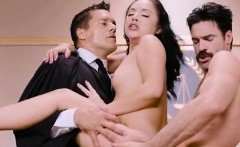 Curvy Defendant Kristina Rose Gets Nailed In The Courtroom