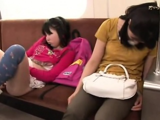 Sex Japanisch Teen Öffentlich Japanisch schulmädchen