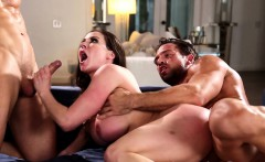 Mature housewife spitroasted for her rent