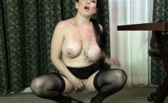 Sexy milf sex and cumshot