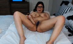lovely-chubby-webcam-show