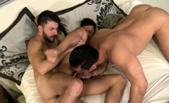Three Guys Have a Nice Gay Threesome