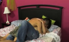 Free download pron gay sex fucking story teen vs old Well, t