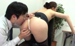 Sexy fucking in the office