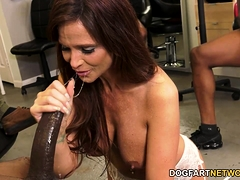 Busty Milf Syren Demer Enjoys Anal Gangbang And Dp With Bbc