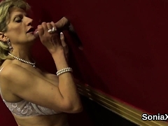 Unfaithful English Milf Lady Sonia Presents Her Monster Knoc