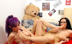 Foot Fetish Amateur Lesbians Having Fun On The Cam