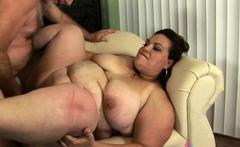 BBW Angelina Largo loves oral sex
