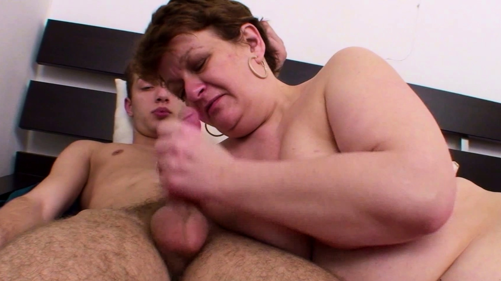 Bbw Grandma Get First Anal Sex By Young Neigbour On Holiday