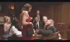 Anne Hathaway Hot Strip!
